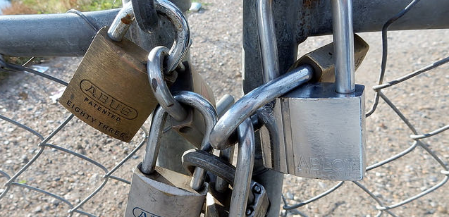 Why Remote Signing Solutions Offer Superior Security than Keys Generated in the Browser
